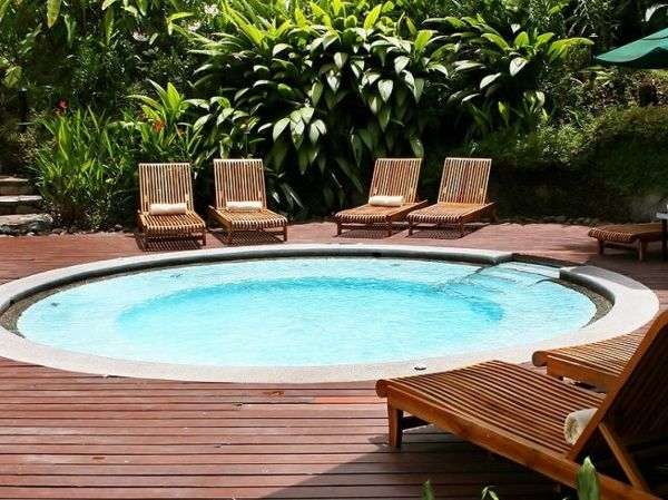 -great ideas-for-the-design-a-perfect-garden-with-a-Whirlpool
