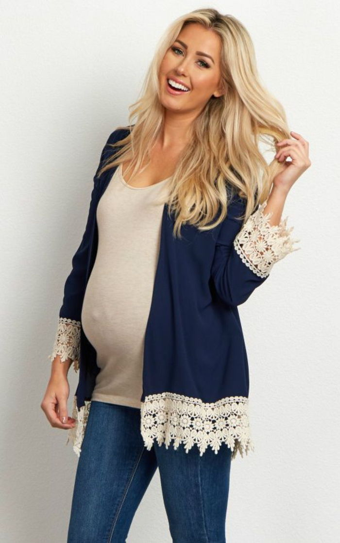 maternity wear, top in cream, blazer in dark blue, jeans, for leisure