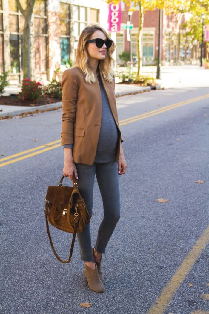 maternity wear, top, brown blazer, jeans, velor bag