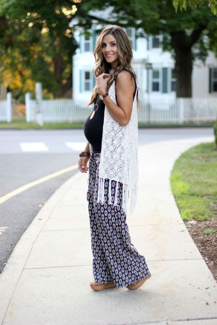 maternity wear, top in black, cardigan, wide pants