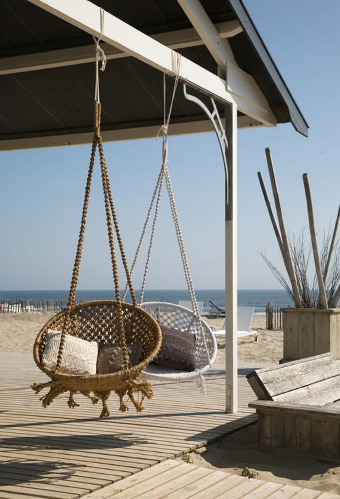porch-swing-ultra-modern-design-by-the-sea