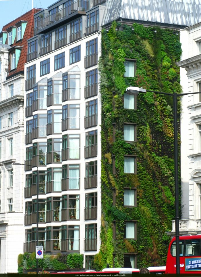 vertical planting is the last architectural trend