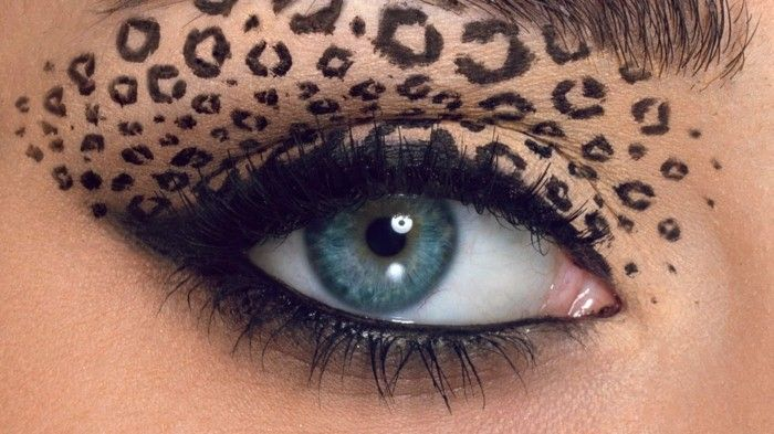 how-make-my-eyes-party-look-for-halloween-leo-eyeshadow-effect-make-up-women